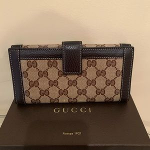 Gucci Bags - 100% AUTHENTIC GUCCI WALLET